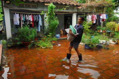 """Ngập lụt tại Tp. Hồ Chí Minh - Bài 1: Ngập - """"biết rồi, khổ lắm, nói mãi!"""""""