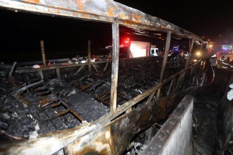Hàn Quốc: Xe buýt bốc cháy, 10 người thiệt mạng