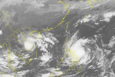Xuất hiện bão Sarika gần Biển Đông