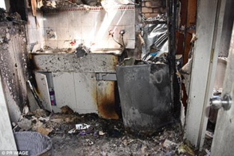 Sau điện thoại Galaxy Note 7, đến máy giặt hiệu Samsung gây cháy nổ