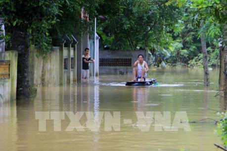 Bộ Tài nguyên và Môi trường hỗ trợ khắc phục ô nhiễm môi trường do mưa lũ
