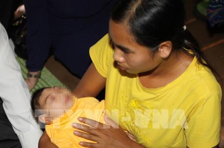 Giám sát trường hợp đầu tiên mắc chứng đầu nhỏ nghi nhiễm vi rút Zika ở Đắk Lắk
