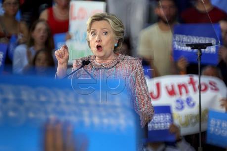 Bầu cử Mỹ 2016: Bà Clinton chiếm ưu thế ở các bang còn do dự