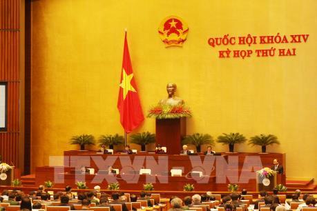 Kỳ họp thứ 2 Quốc hội khóa XIV: Đối diện thách thức khi tái cơ cấu nền kinh tế
