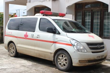 Xử phạt gần 670 triệu đồng đối tượng sử dụng xe cứu thương vận chuyển thuốc lá nhập lậu