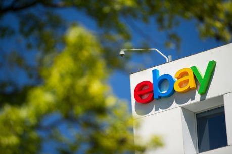 """Ebay """"thất vọng"""" với doanh thu và lợi nhuận hàng quý"""