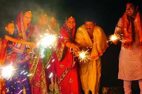 """Tưng bừng """"Lễ hội Diwali"""" tại Hà Nội"""
