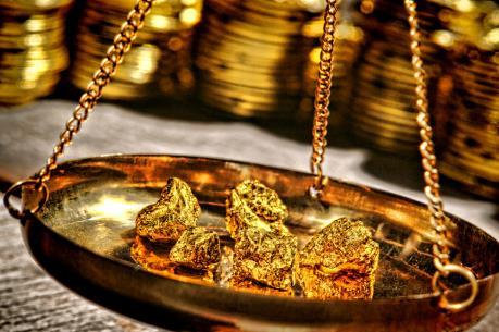 Giá vàng hôm nay 24/10 đồng loạt giảm