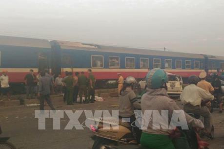 Danh tính 7 nạn nhân vụ tai nạn nghiêm trọng giữa tàu hỏa và ô tô ở Thường Tín