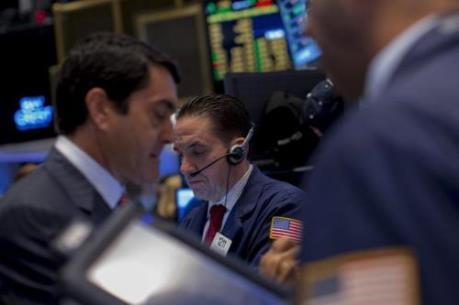 Thị trường chứng khoán châu Á đầu tuần đi xuống