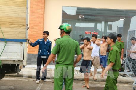 Hơn 300 học viên cai nghiện bỏ trốn tại Đồng Nai được đưa trở lại