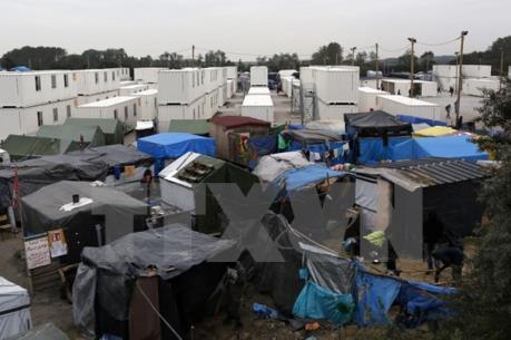 Vấn đề người di cư: Pháp bắt đầu giải tỏa khu lán trại trái phép ở Calais