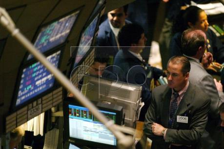 Thị trường chứng khoán Âu - Mỹ 24/10 đi lên