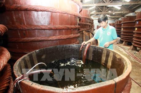 Giữ vững nghề truyền thống nước mắm Phú Quốc