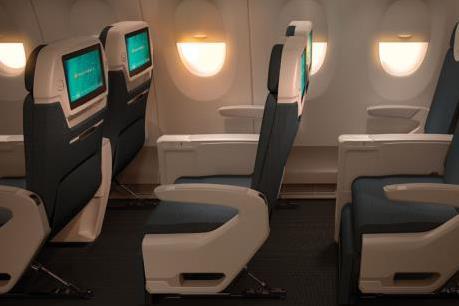 Vietnam Airlines trang bị thêm thiết bị an toàn cho trẻ em dưới 2 tuổi