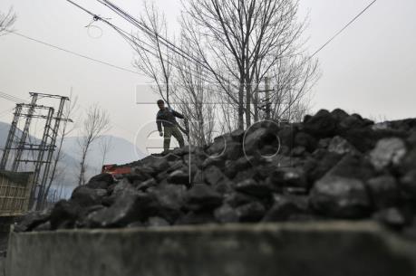 Trung Quốc có thể sớm hoàn thành mục tiêu cắt giảm lượng thép và than đá dư thừa