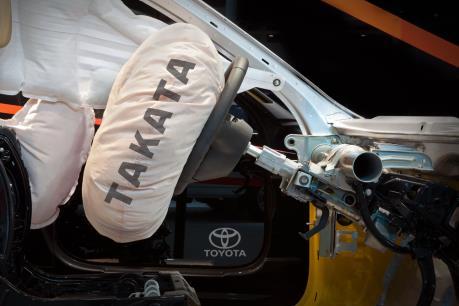 Toyota thu hồi thêm gần 6 triệu túi khí bị lỗi