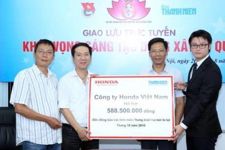 Honda Việt Nam ủng hộ đồng bào lũ lụt miền Trung 1,6 tỷ đồng