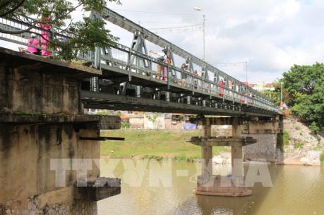 Lạng Sơn xây dựng cầu Kỳ Cùng mới