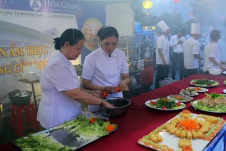Liên hoan ẩm thực Đồng bằng sông Cửu Long 2016
