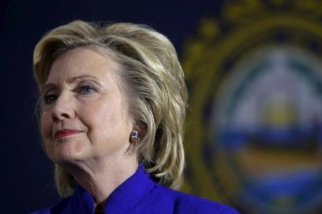 FBI mở lại cuộc điều tra vụ bê bối thư điện tử của bà Clinton