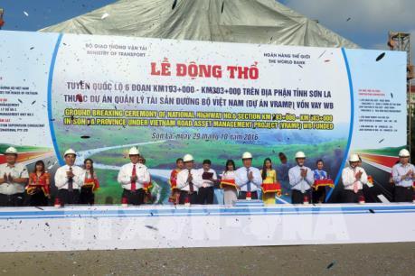 Xây dựng tuyến Quốc lộ 6 trên địa phận tỉnh Sơn La