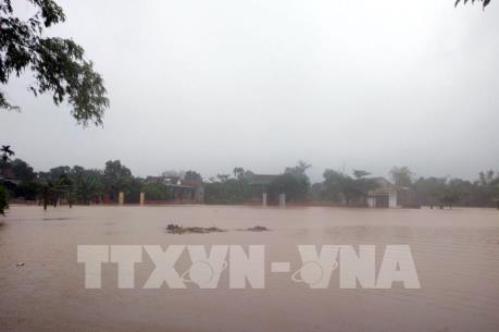 Hơn 30.000 học sinh Hà Tĩnh phải nghỉ học do mưa lũ