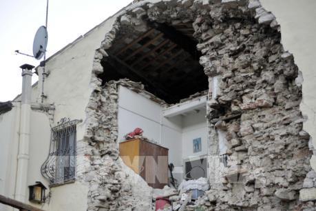 Italy: Nhiều người dân tại khu vực bị động đất không chịu di dời