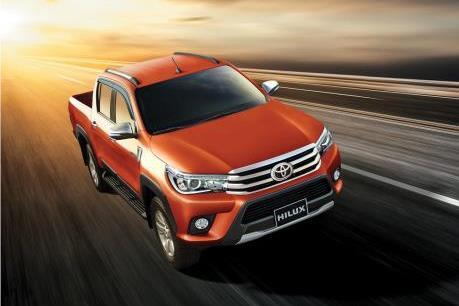 Toyota Hilux 2016 nhập khẩu Thái Lan về Việt Nam chốt giá từ 697 triệu đồng