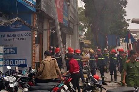 Hỏa hoạn tại ngôi nhà 5 tầng ở Cầu Giấy, Hà Nội