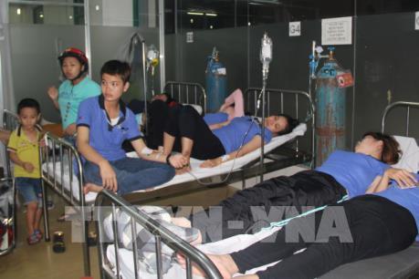 Bình Dương: Chưa xác định nguyên nhân 310 công nhân nhập viện