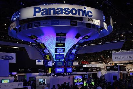 """Panasonic """"hứng gió ngược"""" từ việc đồng yen mạnh"""