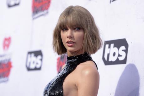 """Taylor Swift - """"nữ hoàng"""" thu nhập của làng nhạc thế giới năm 2016"""