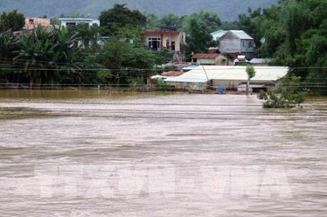 Quảng Nam: Huyện Nam Trà My bị cô lập hoàn toàn do mưa lớn