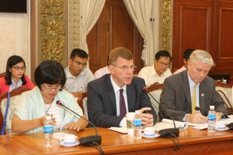 TP.HCM và ADB hợp tác đảm bảo tiến độ dự án giao thông và cấp nước