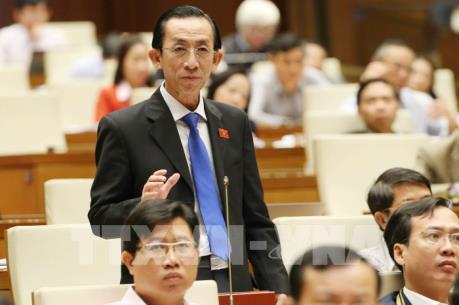 Bên lề kỳ họp Quốc hội: Nâng cao hiệu quả đầu tư công để tái cơ cấu kinh tế thành công