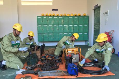 """An toàn lưới điện cao áp tại miền Trung, Tây Nguyên – Bài 4: Phương châm bốn """"tại chỗ"""""""