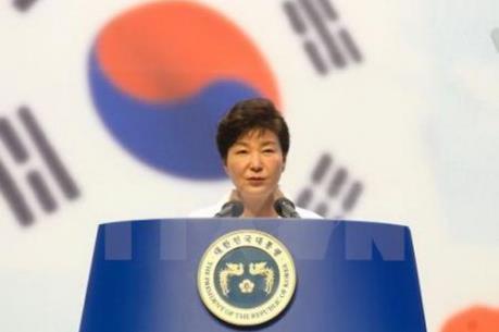 Tổng thống Hàn Quốc xin lỗi người dân về vụ bê bối chính trị