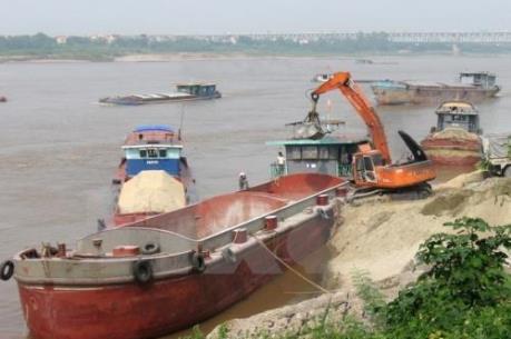 Hà Nội: Kiến nghị thu giấy phép trường hợp cố tình vi phạm trong khai thác cát