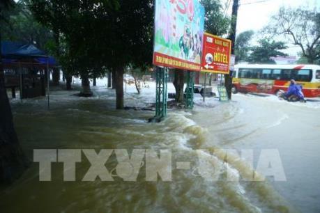 Dự báo thời tiết 1-2 ngày tới: Đắk Lắk vẫn ngập lụt, nhiều vùng biển nguy hiểm