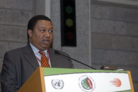 Sự hợp tác giữa các nước trong và ngoài OPEC mang tính sống còn