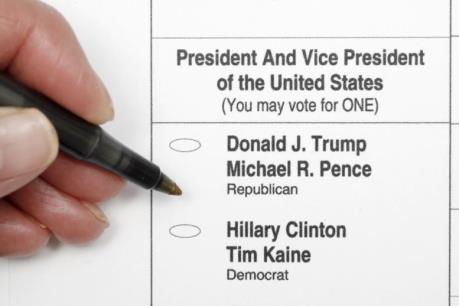Bầu cử Mỹ: Phiếu bầu cử có những thông tin gì?