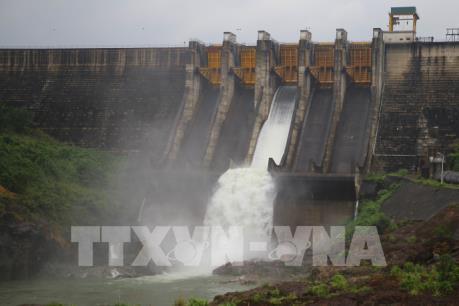 Thủy điện Sông Tranh xả tràn từ 19h30 ngày 24/11