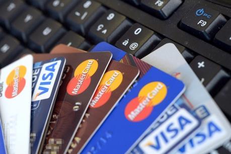 Hướng dẫn người tiêu dùng tránh tranh chấp phát sinh khi sử dụng thẻ tín dụng