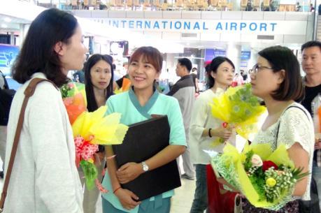 Mở đường bay trực tiếp từ Cam Ranh - Hong Kong