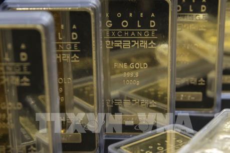 Giá vàng tại châu Á tiếp tục tăng nhẹ