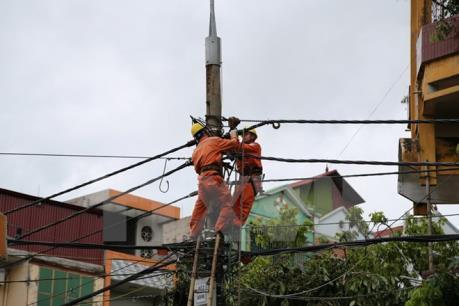 Đã khôi phục cấp điện cho toàn bộ các tỉnh bị mưa lũ