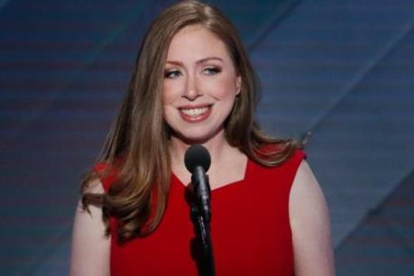 Con gái bà Hillary Clinton có thể tranh cử vào Quốc hội