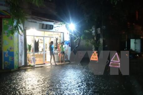 Dự báo thời tiết đêm 15/11: Phía Đông Bắc Bộ và Thủ đô Hà Nội có mưa