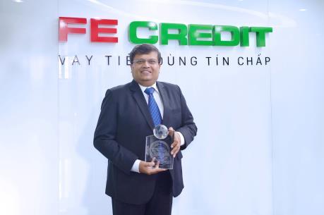 """FE CREDIT đạt giải thưởng """"Công ty tài chính tiêu dùng tốt nhất Việt Nam"""""""